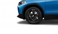 """Koła kompletne zimowe 36112409014 BMW X2 F39 17"""" aluminiowe obręcze Double-spoke 385 czarne"""